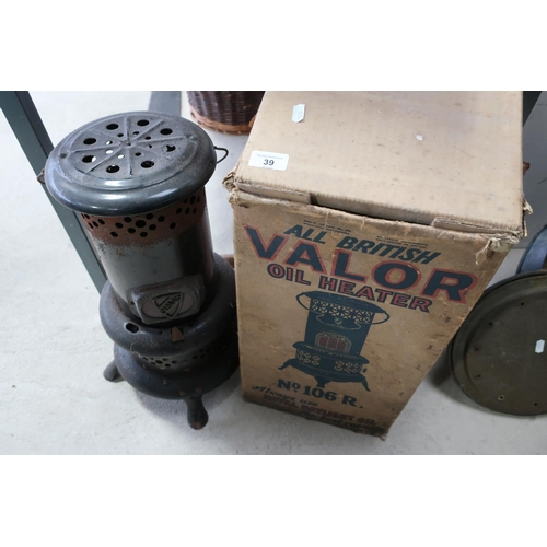 39 - All British Valour oil heater No. 106R with original box and instructions...