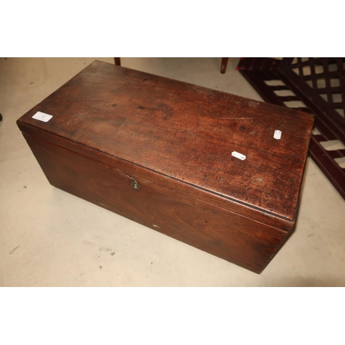 47 - Large 19th C mahogany rectangular table box with hinged top and twin carrying handles (55.5cm x 28.5...