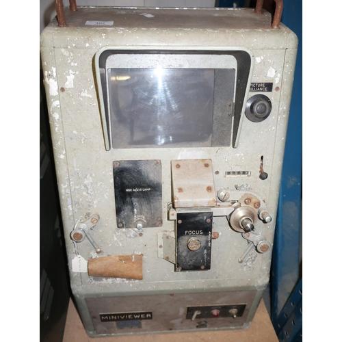 102 - Acmad Mini Viewer mid 20th C military electronics unit...