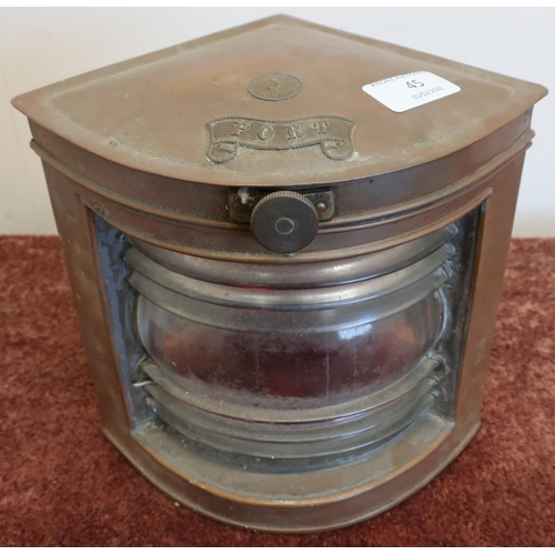 45 - Small corner fitting copper port side ships lamp (height 20cm)...
