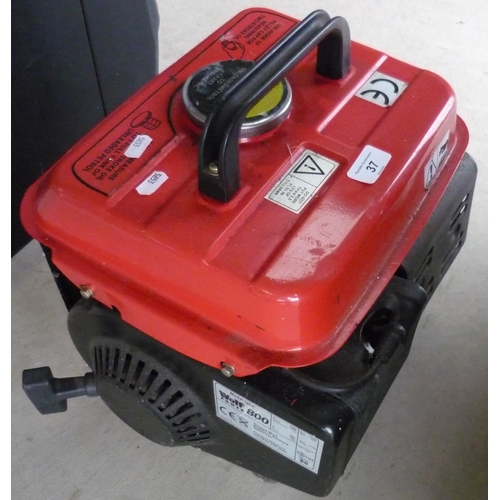 37 - Wolf Power 800 petrol generator...