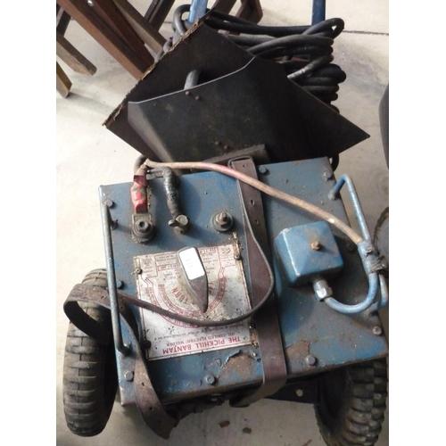 113 - Pickhill Bantam oil cool electric welder...