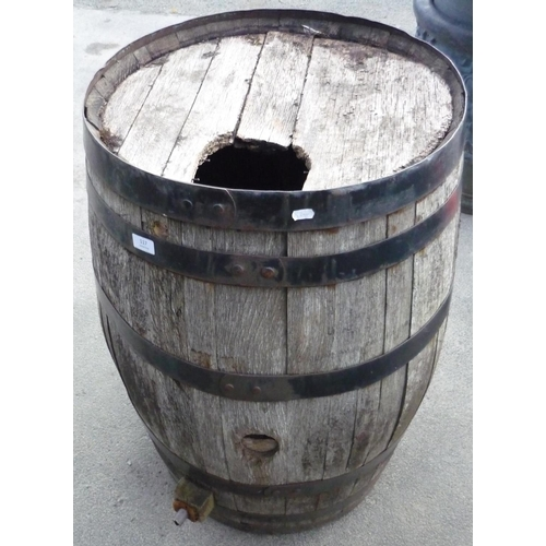 117 - Coopered barrel...