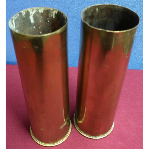 31 - 1917 18PR shell casing and a 1942 25PR shell casing...
