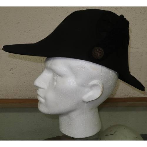83 - Victorian officers folding cocked hat by Ede & Ravenscroft...