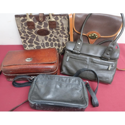 44 - Collection of ladies leather handbags by A. D Mackenzie, Dooney & Bourke, Liz Cox etc (5)...