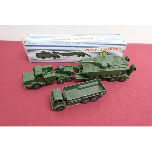 25 - Dinky Supertoys Tank Transporter 660 with Centurion tank in blue striped box, and a Dinky Toys 10 to...