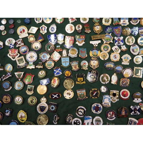 41 - Large collection of Bowling club enamel badges, some foreign, English etc, two bowling glasses and a...