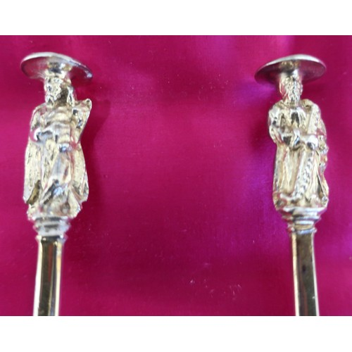 24 - Pair of Geo. lll hallmarked silver gilt Seal top spoons, the figural cast terminal with eagle seal o...