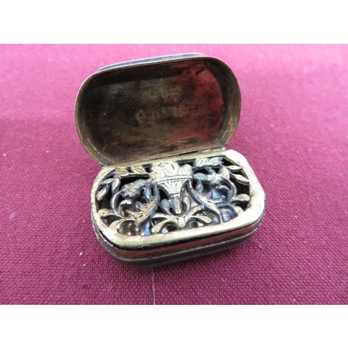27 - Small Geo. lll hallmarked silver rounded rectangular vinaigrette, hinged top initialed MP, with gilt...