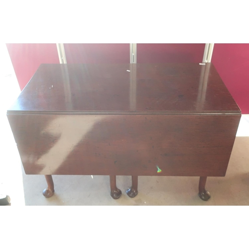 442 - Geo. III and later mahogany drop leaf dining table, the adapted double gate action on eight turned s...