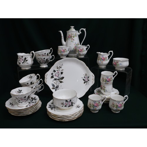 36 - Royal Albert