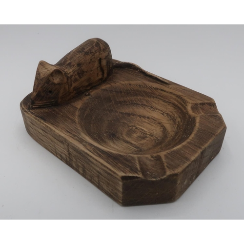 1037 - Robert Mouseman Thompson style - adzed oak ashtray carved with signature mouse D10cm