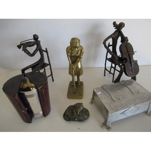 412 - Pair of cast bronzed instrumentalist celloist and violinist, cast brass figure of a female golfer, 2...