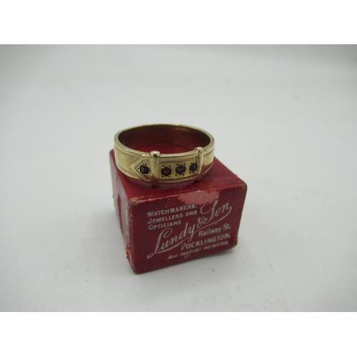 15 - 9ct gold hallmarked Gents Gypsy set buckle ring, 5.8g...