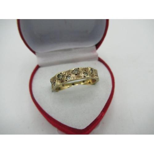 19 - 1970s 9ct gold hallmarked bark effect full hoop spinel eternity ring,...
