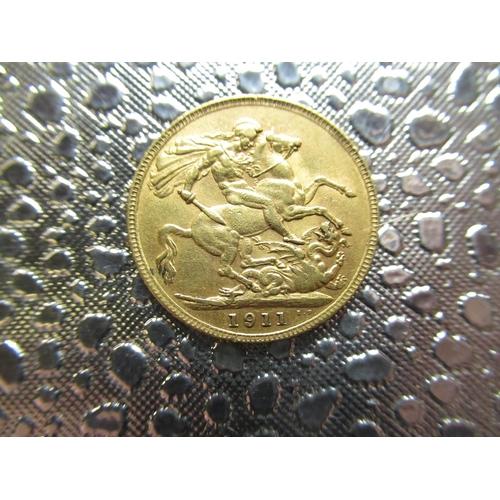 34 - Geo.V gold Sovereign, 1911...