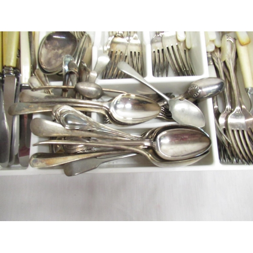 44 - Collection of assorted cutlery