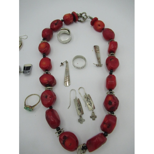 35 - Collection of jewellery, including a pair of Sterling silver drop pendant earrings in the form of te...