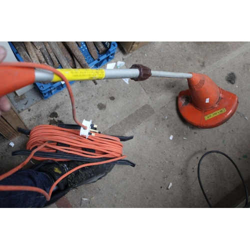 45 - ELECTRICAL STRIMMER