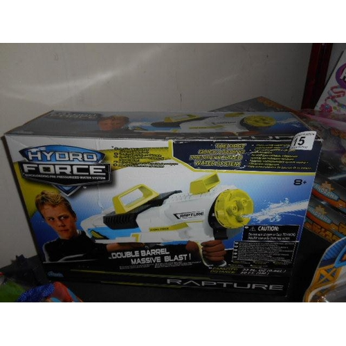 15 - As new Rapture hydro force water gun...