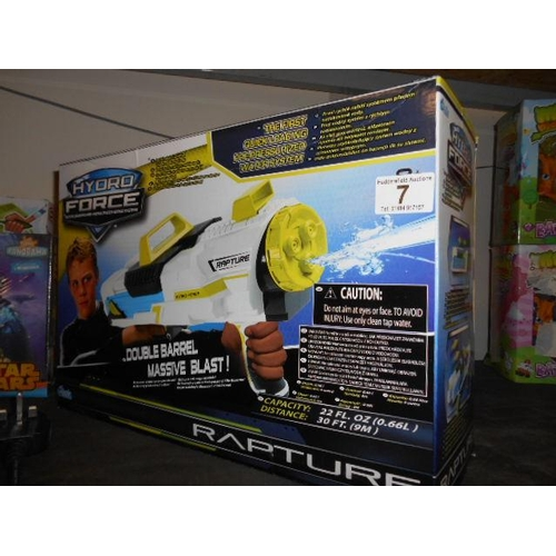 7 - As new Rapture Hydro force water gun...