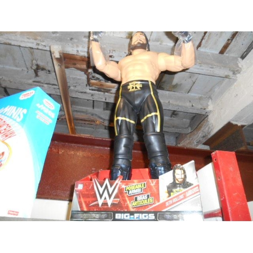 4 - WWE Seth Rollins big figure...