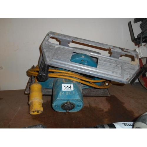 144 - 110v heavy duty power saw...