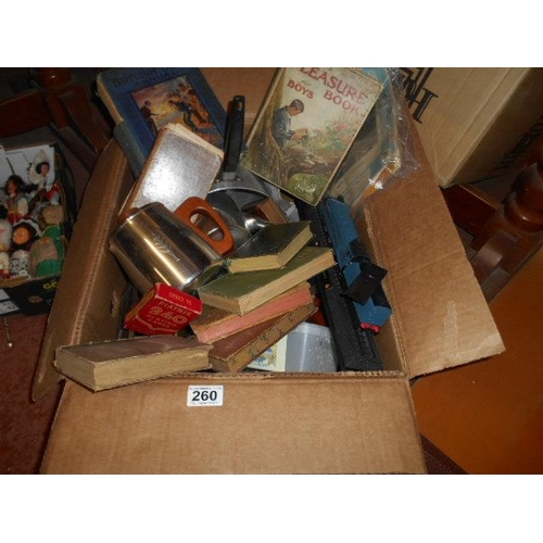 260 - Good selection of retro and collectables...