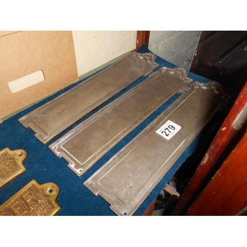 279 - Victorian finer plates x3...