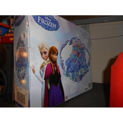 8 - Frozen girls skates...