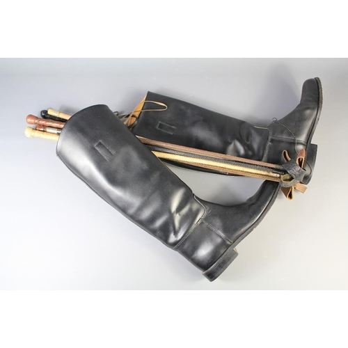 45 - Riding Equipment. This lot includes a pair of Size 5 Kudo Long Leather Riding Boots (regular fit, no...