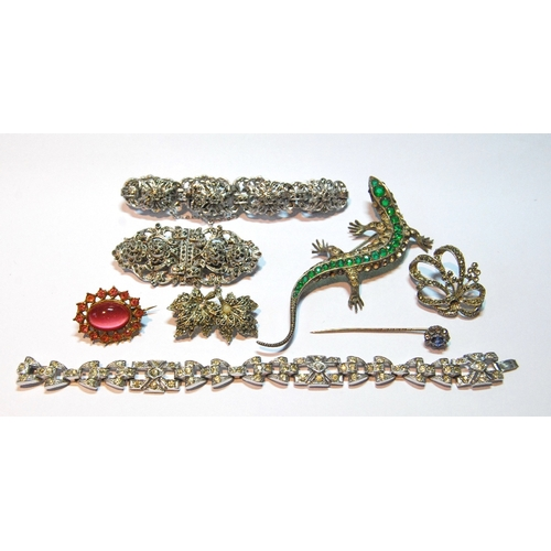 5 - Paste brooch modelled as a lizard, in silver, and seven similar items. (8)...