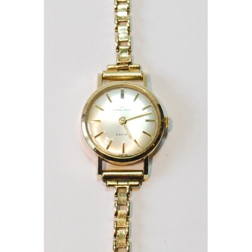 53 - Lady's Eternamatic 9ct gold bracelet watch, gross 16g....