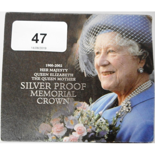 47 - United Kingdom. £5 crown. 2002 Queen Mother Memorial. Silver Proof. Cased....