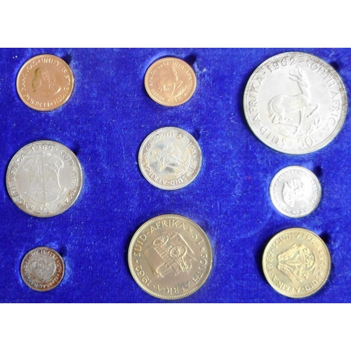 60 - South Africa. 1962 2 rand gold coin set. (9 coins)...