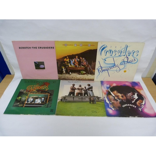 28 - 5 x LPs by The Crusaders to include Southern Comfort, Unsung Heroes and Scratch. All UK pressings....