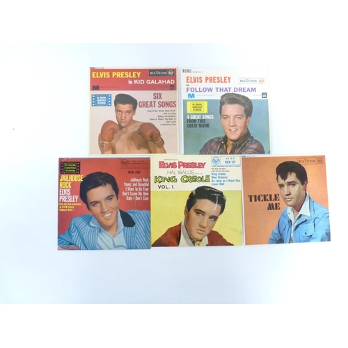 44 - 5 x Elvis Presley e.ps to include Tickle Me, Kid Galahad and Follow That Dream, all UK originals (bl...