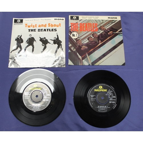 43 - 6 x Beatles singles to include originals e.p's Twist and Shout and The Beatles No.1 (the Parlophone ...