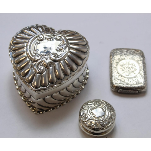 42 - Edwardian silver toilet box of heart shape with embossed flutes and scrolls by Deakin & Francis ...
