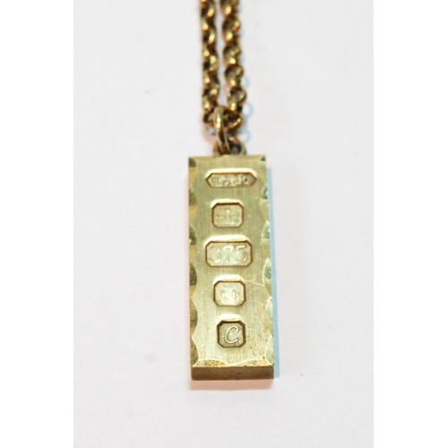 11 - 9ct gold ingot pendant with necklet, 20g....