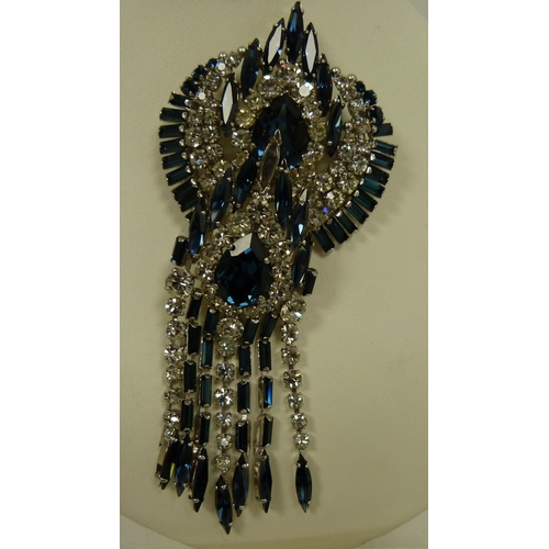 22 - Art Deco faux diamond and sapphire bracelet, brooch and earring set....