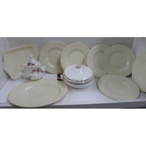 28 - Royal Albert tea pot, Wedgwood tureen also cream part dinner set....