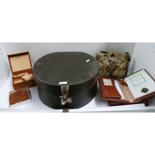 31 - Hat box containing embroidered handbag, jewellery boxes etc...