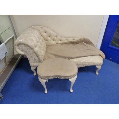 24 - Small modern button back chaise lounge (a/f), also small bedroom stool.