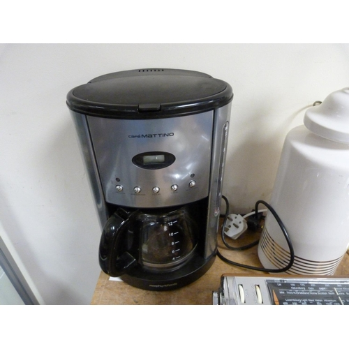 30 - Miscellaneous electricals to include coffee machine, bedside lights etc.