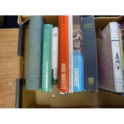 299 - <strong>Art & Antiques Reference & Others.  </strong>A carton of various vols....