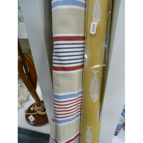 41 - Assorted blinds....