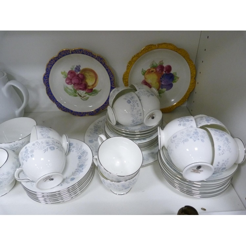 44 - Italian part tea set, two cabinet plates, and a three-piece tea set with floral design, Wedgwoo...
