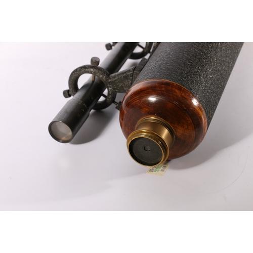 59 - Unnamed brass telescope, 111cm long when extended